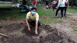 """25 พฤษภาคม 2564  กิจกรรมปลูกต้นไม้ ภายใต้ ชื่อ """"รวมใจไทย ปลูกต้นไม้ เพื่อแผ่นดิน""""(3)"""